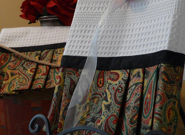 Designer Towel traditional