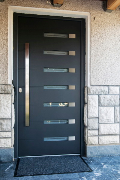 Modern aluminum front entry door modern front doors for Contemporary front doors