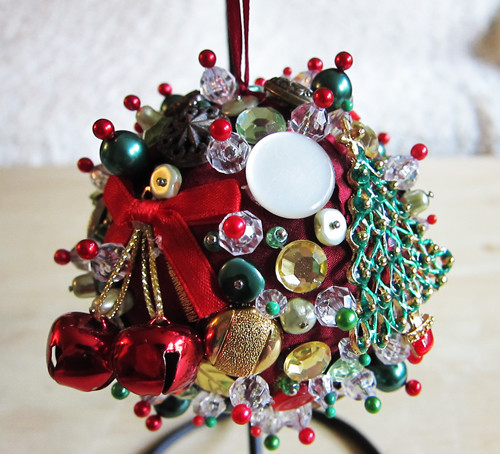 Hand Made Home Accents- on Etsy eclectic-holiday-decorations