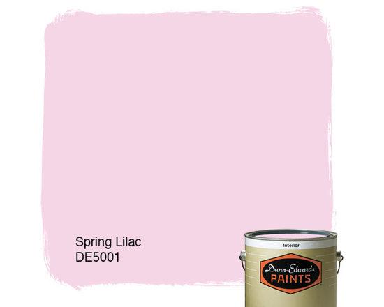 Dunn-Edwards Paints Spring Lilac DE5001 -