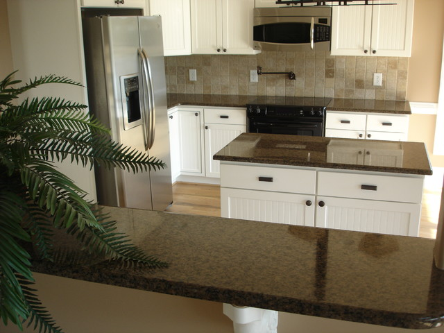 Kitchens with White Cabinets traditional-kitchen-cabinets