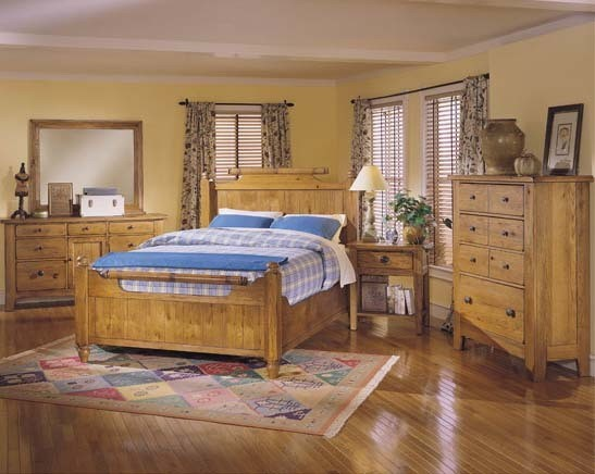 Broyhill Attic Heirlooms Feather Bedroom Set 4397 Feather Set Traditional Bedroom