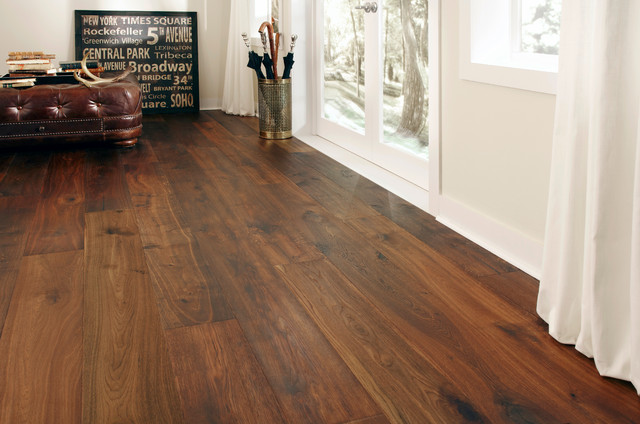 Montage european oak baroque traditional hardwood for Traditional flooring