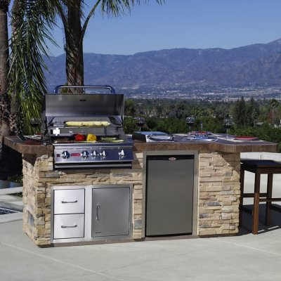 Bull bbq grill island modern outdoor grills by hayneedle for Modern barbecue grill