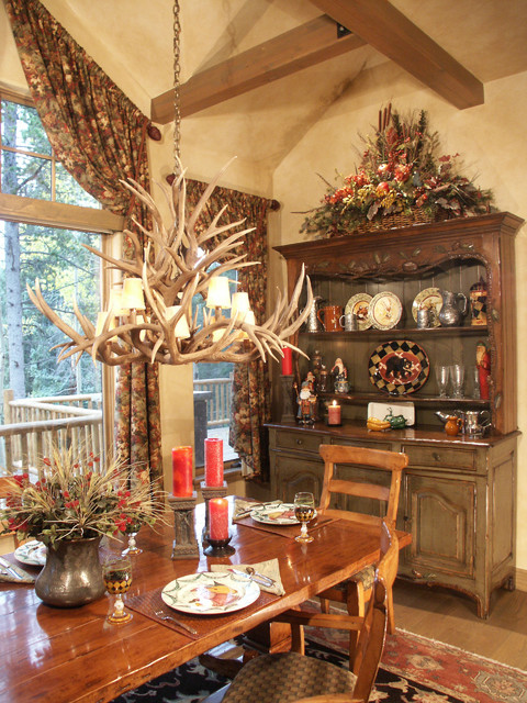 Grand Log & Timber - D&M Designs - Interiors & Blinds traditional-dining-room
