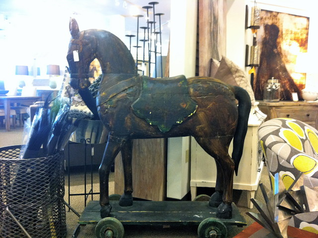 Horse Statue modern-decorative-objects-and-figurines