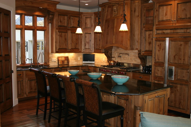 Client Home - Grand Rapids traditional kitchen