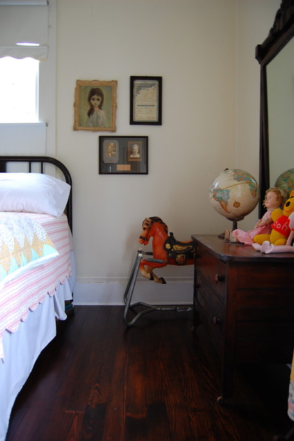 My Houzz: Midcentury Heirlooms and Artwork Charm a 1908 Mississippi Home midcentury
