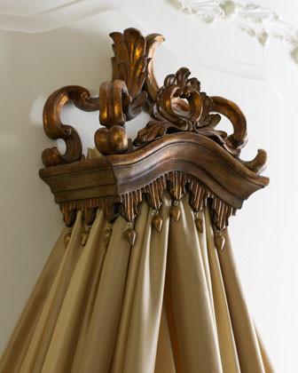 Majestic Bed Crown traditional-beds