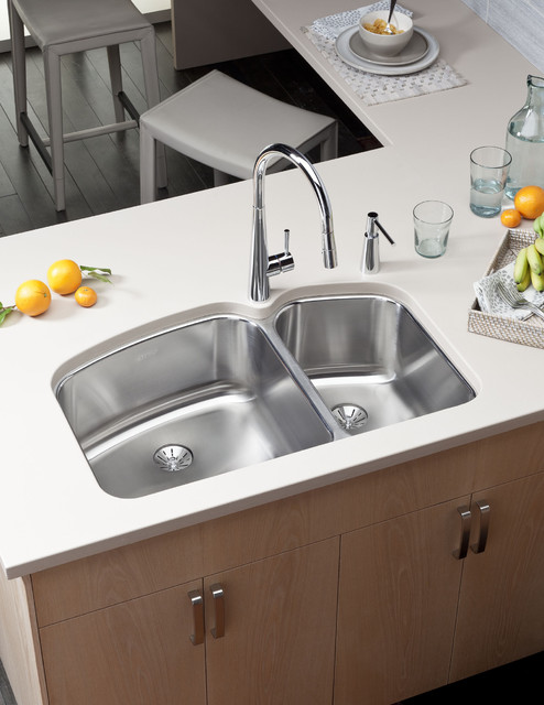 Perfectly Clean... The Perfect Drain kitchen-sinks