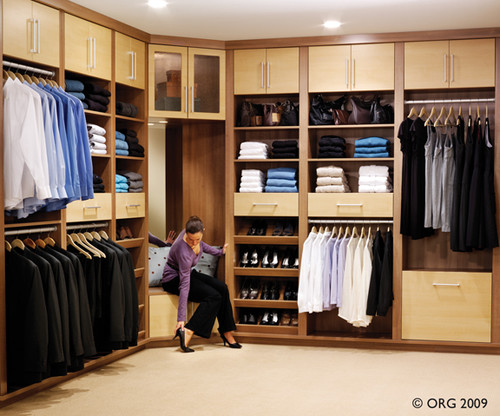 How Should I Organize My Closet?