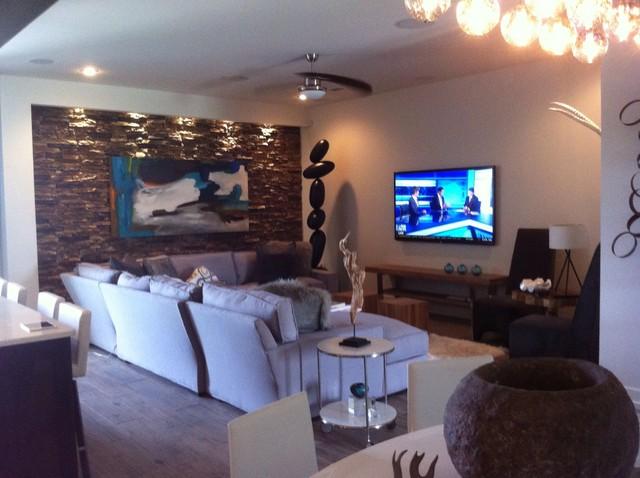 Smart Home contemporary-family-room