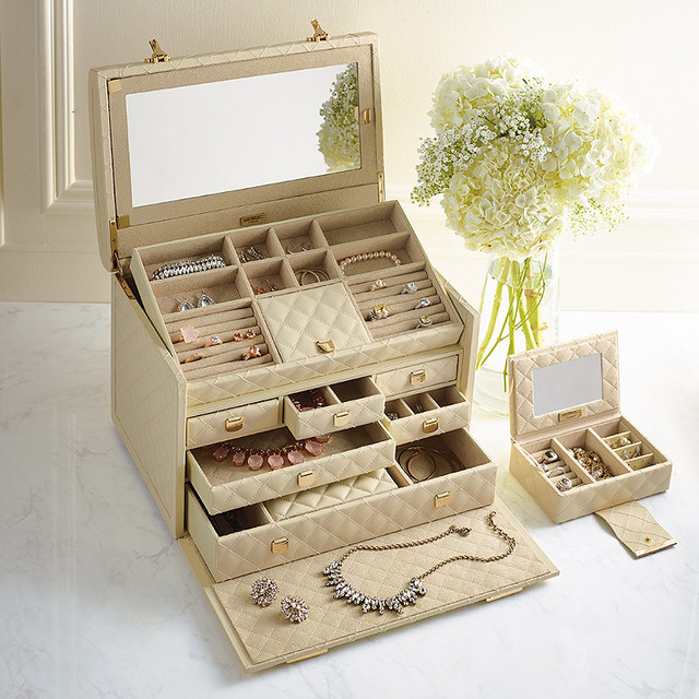 Extra Large Quilted Jewelry Box traditional-jewelry-boxes-and-organizers