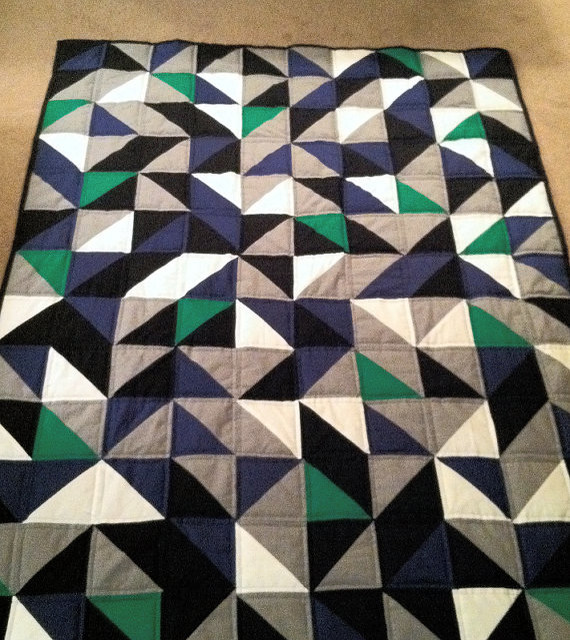 Modern Geometric Quilt by Ewe Have Me in Stitches modern-quilts-and-quilt-sets