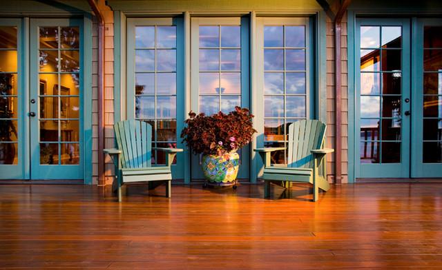 Hatari eclectic-porch