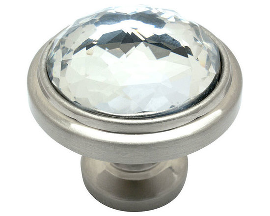 Cosmas - Cosmas Satin Nickel & Clear Glass Round Cabinet Knob - This beautiful Cosmas round glass knob features a clear color and coordinating satin nickel base. Nothing on the market lasts longer or provides better value than Cosmas branded products.