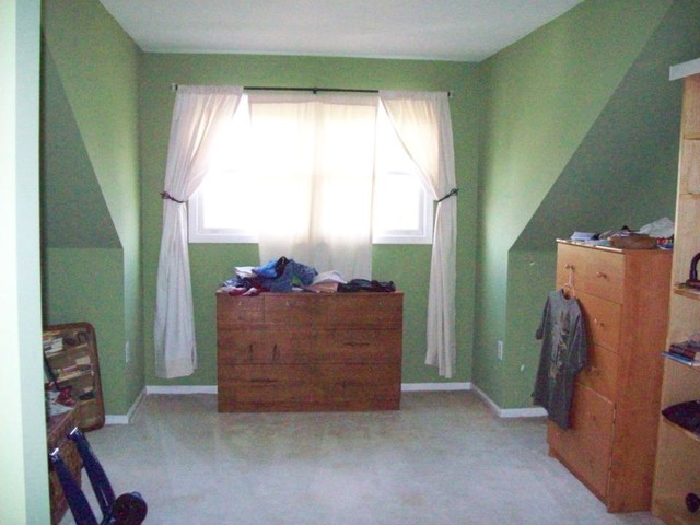 Master Suite before Home Staging contemporary