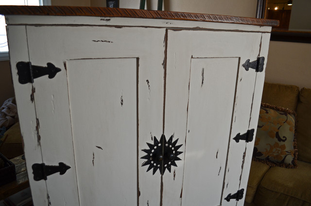 Reclaimed Wood Furniture traditional
