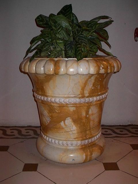 Pottery 005 mediterranean-home-decor