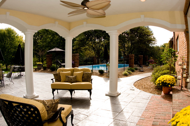 Outdoor Living traditional