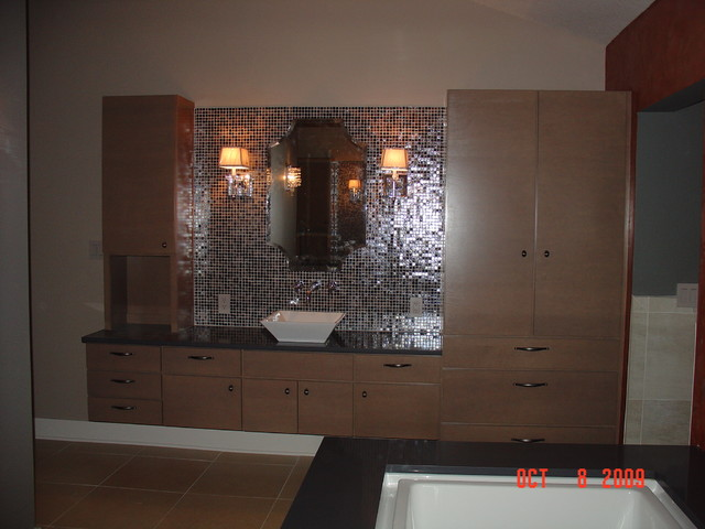 A Euro Project from the past contemporary-bathroom