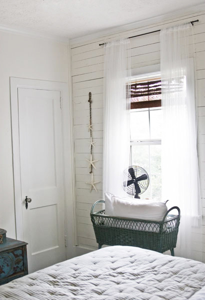 Lettered Cottage Guest room traditional
