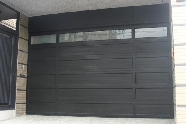 O'Leary stacking doors - Modern - Garage Doors And Openers - by YI CHENG DOORS CO., LTD