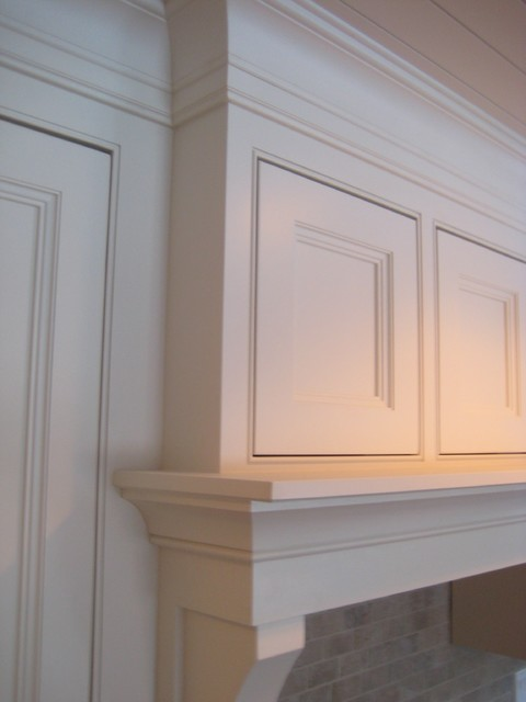 Kitchens - mantle hood traditional