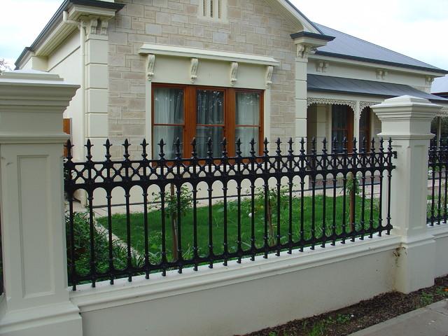cast aluminium fences gates traditional home fencing and gates - Home Fences Designs