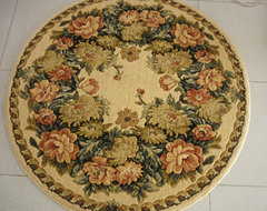 Round shaped wool rug traditional rugs