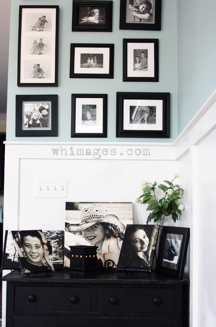 photo wall eclectic-family-room