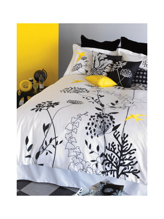 Anis Duvet Cover - This Anis Black and White duvet cover is ultra chic and cleverly accented with bright yellow birds.