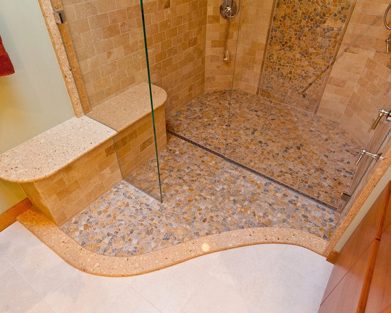 River Rock Shower with Quick Drain -