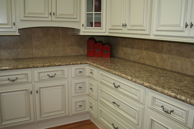 Kitchen cabinets home design photos traditional kitchen - Lily ann cabinets ...