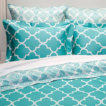 Mimosa Reversible Bedding - Aquamarine modern-bedding