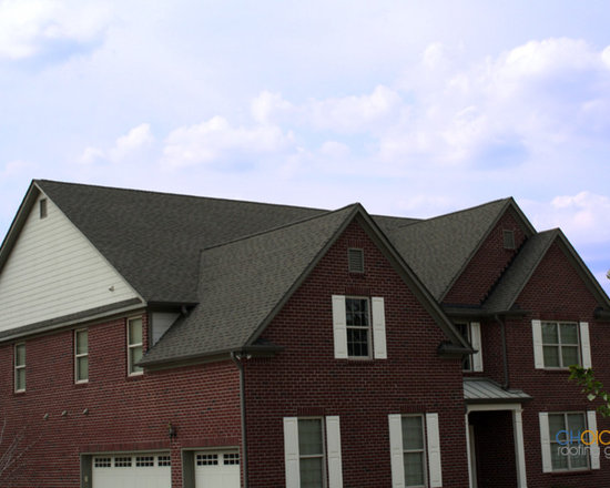 Recent Asphalt Roofing Jobs - Red Brick House with beautiful new asphalt shingles