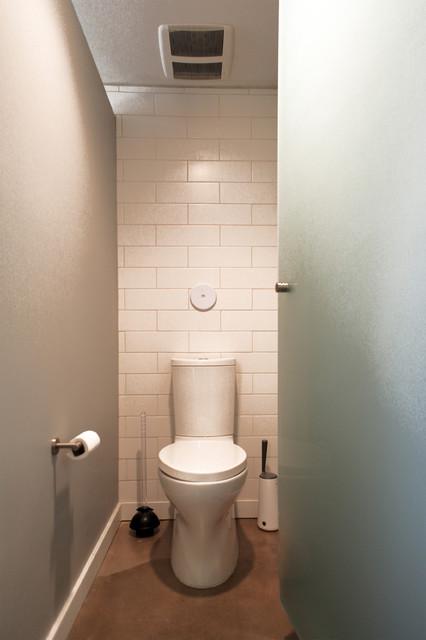 Sun View House midcentury-bathroom