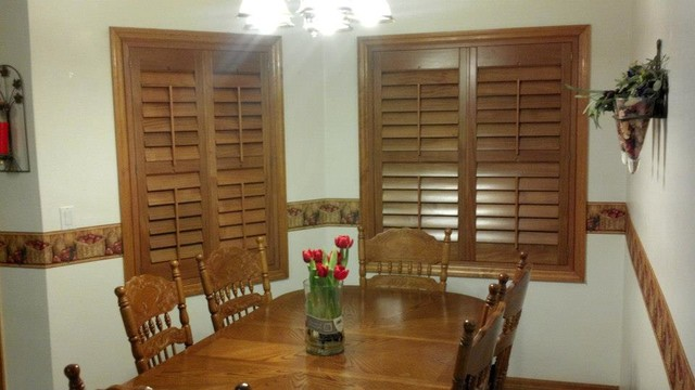 Country home project for Country farmhouse window treatments