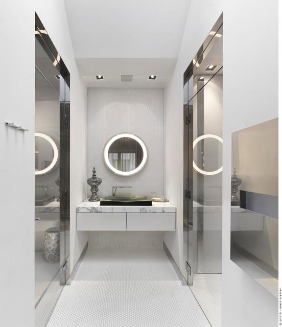 Aménagement Coloniale contemporary-bathroom