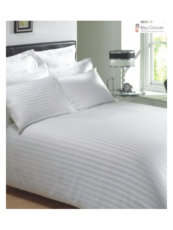 600TC Stripe White Flat Sheet & 2 Pillowcases - Redefine your everyday elegance with these luxuriously super soft Flat Sheet. This is 100% Egyptian Cotton Superior quality Flat Sheet that are truly worthy of a classy and elegant look.