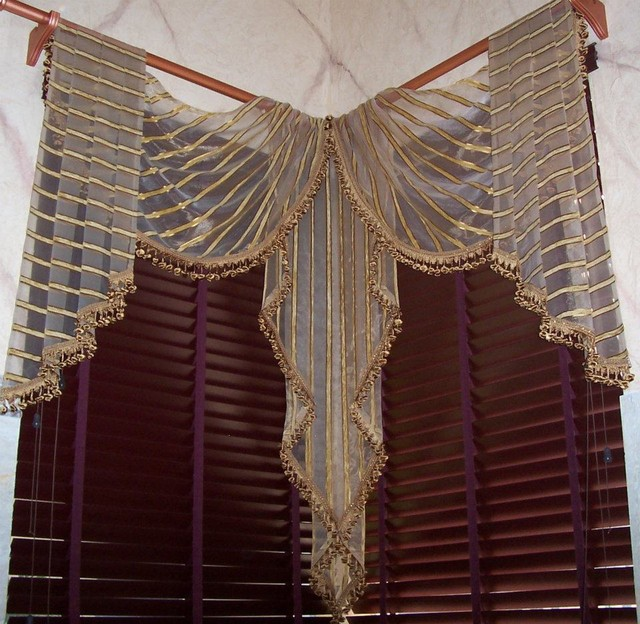 Traditional Window Treatments Living Room: - Custom Traditional Window Treatments. Swags, Jabots