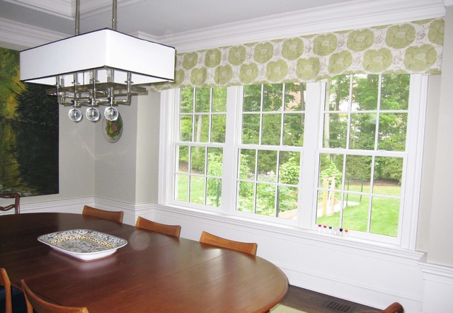 Custom Window Treatments by Lynn Chalk traditional-dining-room