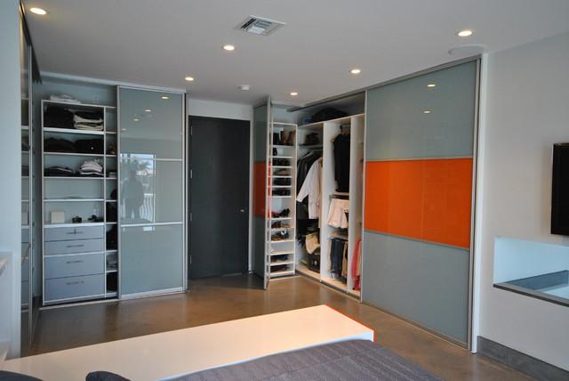 Modern custom closets modern closet organizers miami for Custom closet doors miami
