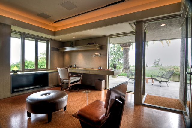 English House contemporary-home-office