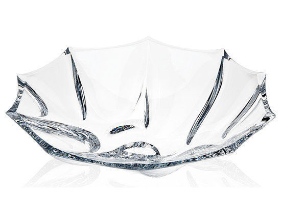 """Godinger Silver - Cinzia Large Bowl 13.5"""" - Fill up this lovely crystal bowl with your favorite delicacies, goodies or dips and it will showcase the items beautifully. You can also use this bowl for bouquet displays, roses or potpourri. Its unique design will command attention wherever it is displayed."""