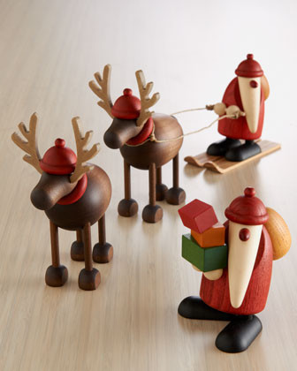 KUNSTHANDWERK BJOERN KOEHLER Santa with Packages Figure traditional holiday decorations