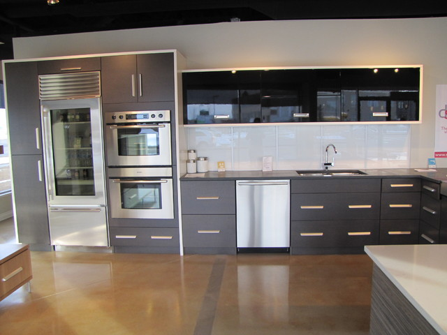 Showroom Photos Modern Kitchen Cabinetry