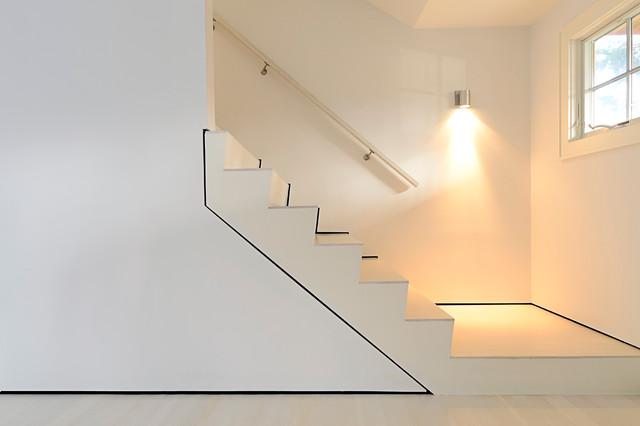 Modern Beach house beach-style-staircase