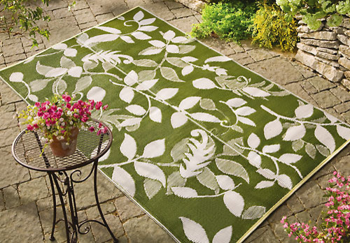 Outdoor Leaf Mat Contemporary Outdoor Rugs by