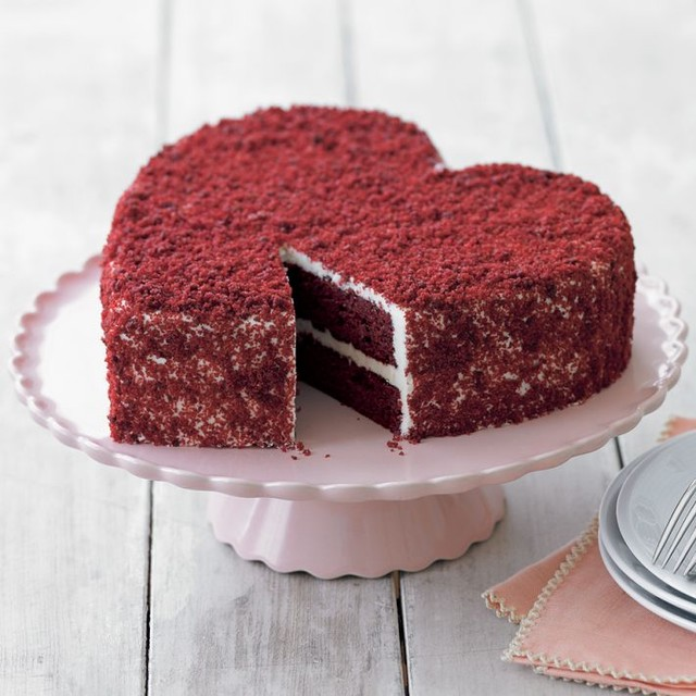 Perfect Endings Heart Red Velvet Cake modern 